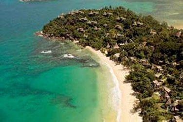 Envolez-vous ensuite vers Les Seychelles sur un site extraordinaire...