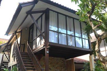 Voici les bungalows famille, sur deux étages