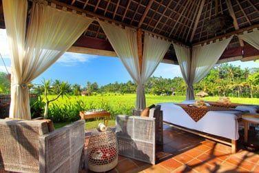Laissez-vous tenter par un massage relaxant au bord des rizières...