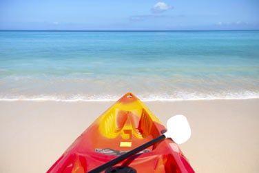 explorez les merveilles du lagon lors d'une balade en kayak,