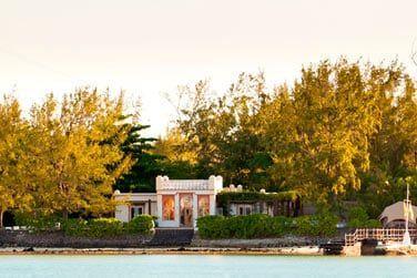 Une villa datant du 20ème siècle vous y attend
