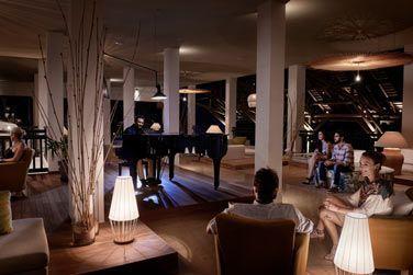 Le Balcony Bar et son ambiance douce et chaleureuse