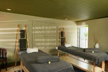 Relaxez-vous grâce à l'un des massages proposés par le Spa