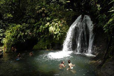 La cascade aux écrevisses pour une baignade rafraîchissante