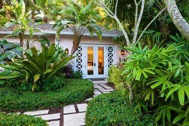 Le cottage jardin au coeur de la nature luxuriante