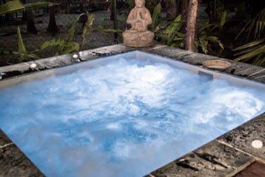 Votre bain à remous privatif, refuge de bien-être