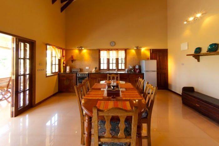 Photos villas du voyageur seychelles for Coin salle a manger
