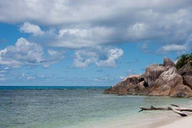Au bord de la magnifique plage d'Anse Kerlan