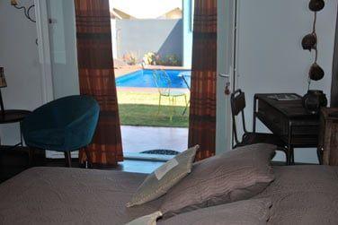 Toutes les chambres ont accès direct à la piscine