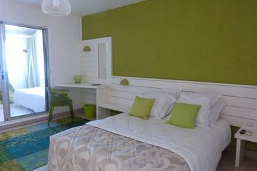 L'hôtel dispose de 97 chambres rénovées