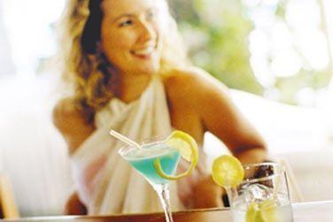 Savourez en toute décontraction un cocktail rafraîchissant ou une restauration légère