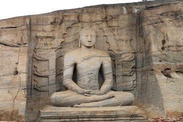 Après Sigiriya, vous visiterez le site de Polonnaruwa  à vélo
