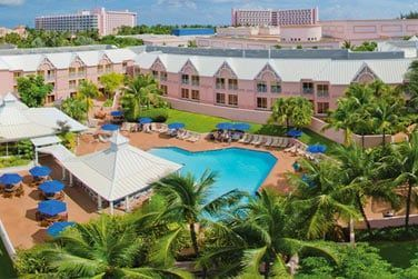 photo Comfort Suites Bahamas