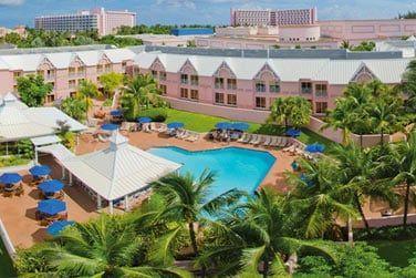 Bienvenue à l'hôtel Comfort Suites sur Paradise Island