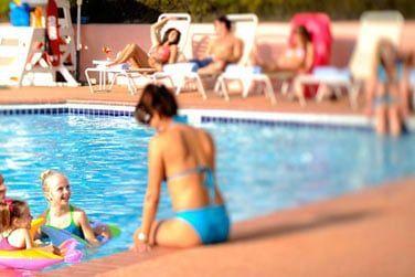 Vous pourrez profiter de la piscine de l'hôtel