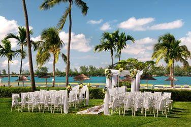Les jardins spacieux accueillent de nombreuses cérémonies