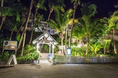 Le Hope Town Harbour Lodge vous accueille pour un séjour authentique