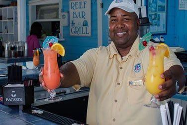 Ne manquez pas les cocktails tropicaux