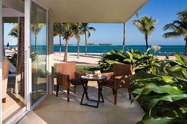 Et une belle terrasse avec vue sur l'horizon turquoise!