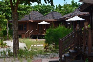 Séjournez dans de confortables villas au style traditionnel seychellois