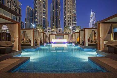 L'hôtel se situe face à la Burj Khalifa et à proximité du Dubaï Mall