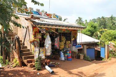 En route pour Kandy en passant par les petits villages...