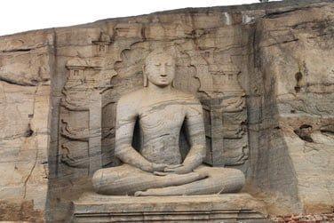 Visite du site archéologique à Polonnaruwa
