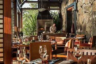 Restaurant Acquapazza, un décor chaleureux et raffiné où sont servies des spécialités italiennes