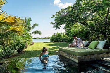 Profitez pleinement de la piscine privée de votre villa... intimité garantie !