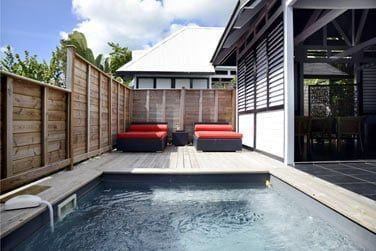 Profitez en toute intimité de votre piscine privative
