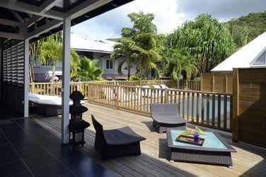 Appréciez un parfait moment de détente sur votre terrasse privative