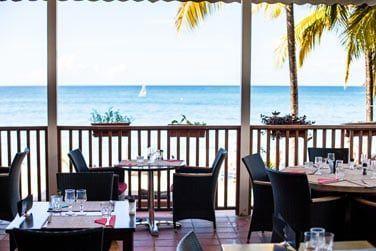 Le restaurant 'LE ROYAL' offrant une vue sublime sur l'océan...