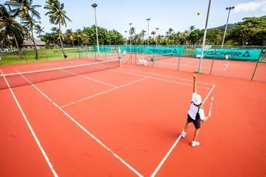 Une partie de tennis, ça vous tente ?