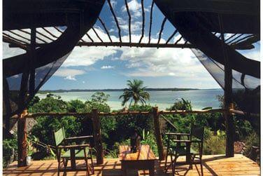 Terrasse de la chambre standard avec vue sur la mer