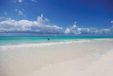 Situé sur la côte Est de l'île, découvrez l'hôtel Diamond Mapenzi Beach Zanzibar !