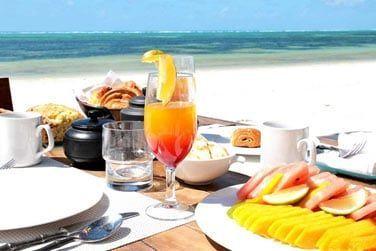 Petit-déjeuner sur la plage