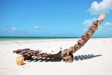 Situé sur la côte Sud-est de l'île, découvrez l'hôtel Indigo beach Zanzibar !