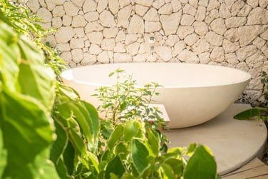 La salle de bain extérieure