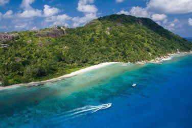 Découvrez la magnifique île Félicité !