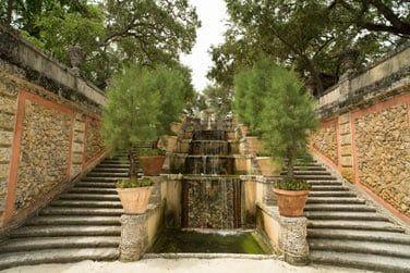 ...un palais de l'âge d'or américain, de style italien, reconverti aujourd'hui en musée