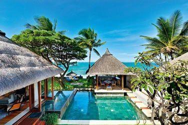 La vila présidentielle avec piscine privée et située sur la plage