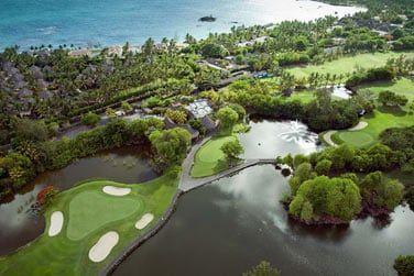 Le Constance Belle Mare Plage possède 2 parcours de golf 18 trous