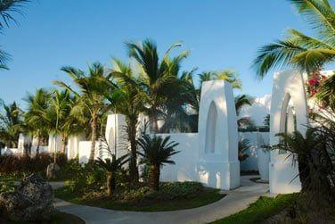 ... découvrez les chambres de l'hôtel qui offrent toutes une belle vue sur la mer