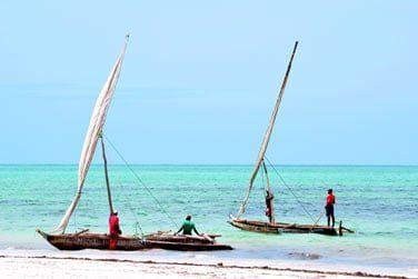 Plages de sable blanc et eaux turquoise...