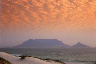 Située au Sud du pays, découvrez la ville fascinante de Cape Town !