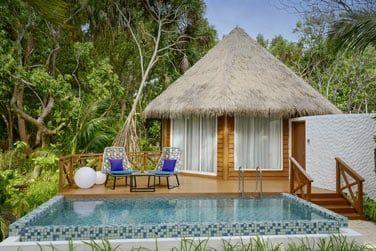 Voici les villas plage avec piscine.