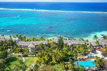Situé sur la côte de l'île Maurice, à proximité de Belle Mare...