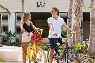 Des vélos à votre disposition pour faire le tour de l'île.