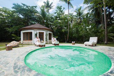 Le bain à remous du Spa Coconut Whispers