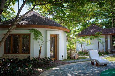 L'extérieure des cabines du Spa Coconut Whispers